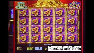 Who doesn't love a full screen?! Gold Stacks 88 and Xing Fu Coins!