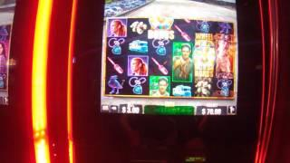 The Walking Dead LIVE PLAY MAX BET with FEATURES casino slot machine game