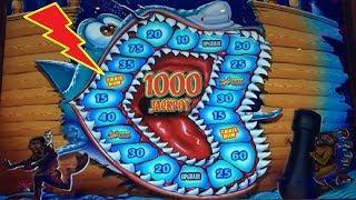 Shark Raving Mad Slot - SHORT & SWEET BONUS!