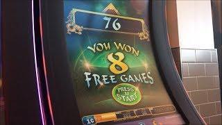 WHO WINS MORE? Me or Mom? Zhen Chan & Rawhide Slot Machine Bonus