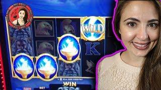 Fighting Zeus in Olympus Strikes Slot Machine for a Big Win!