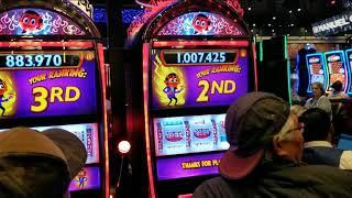 **HUGE WIN** I STOLE CLARKS LUCK, 3RD TIME A CHARM @ SM SLOT TOURNAMENT? WONDER 4 SUPER FREE GAMES