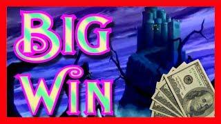 THE MOST SUSPENSEFUL SLOT MACHINE BONUS ON YOUTUBE • MASSIVE WINNING IN THE LAND OF OZ WITH SDGuy