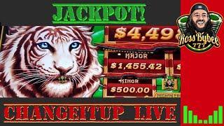 Mighty Cash Long Teng Hu Xiao Slot Machine Live