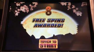 China Moon Spinning Streak Slot Machine, Live Play, Bonus & Progressive