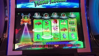 Return of Invaders from the Planet Moolah: quick slot bonus wins