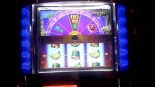Diamond Safari Slot Machine bonus win at Parx Casino