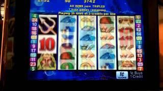 Treasure king 2 retriggers slot bonus win