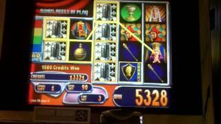 Queen's Knight Slot Bonus - WMS