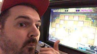 Queen vs Queen Slot Machine Battle! Less Lines!