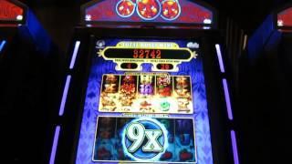 triple trouble slot machine