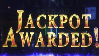 I USE The LESS LINES Betting METHOD To LAND A JACKPOT HAND PAY On Risque Business Slot Machine!