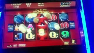 BIG WIN - Wicked Winnings II Slot Machine Respin Bonus - Raven Line Hit