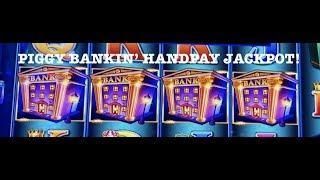 LOCK IT LINK •PIGGY BANKIN' •HANDPAY SLOT MACHINE •MOHEGAN SUN •