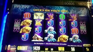 Timber Wolf Deluxe - Live Play Double or Nothing Slot Machine - Viewer Request Part 1