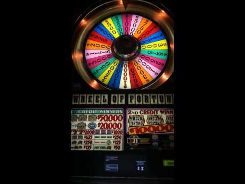 Roulette wheel ball