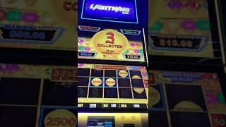 Lightning Link $5 Bet Bonus Hold & Spin Round Slot Machine