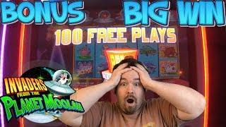 Invaders Return from the Planet Moolah - 100 FREE SPINS BONUS BIG WIN MAX BET
