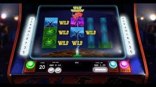 Space Invaders Online Slot from Playtech - UFO Wild Feature!