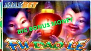 GIANT BONUS WINS CASINO SLOT MACHINE JACKPOTS. Help the channel and subscribe. Be entertained