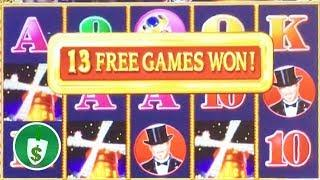 Club Moulin slot machine, bonus