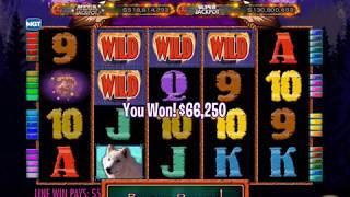 WOLF RUN Video Slot Game with a WOLF RUN FREE SPIN BONUS