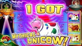 I GOT THE  UNICOW!!! JACKPOT on Invaders Return From The Planet Moolah 500+ SPINS!!! 1c WMS Slot