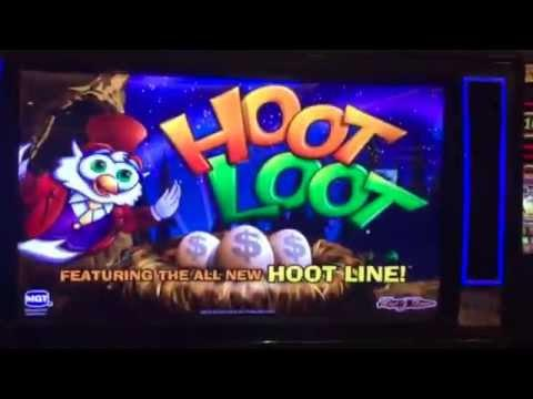 ** I THOUGHT NEW GAME BUT NOW I KNOW ITS OLD ** HOOT LOOT ** MAX BET ** LIVE PLAY ** SLOT LOVER **