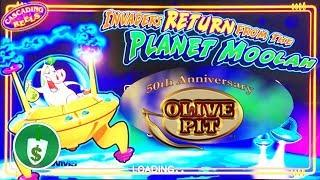 Invaders Return from the Planet Moolah slot machine near the Olive Pit