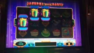 Jackpot Block Party Slot Machine Bonus - Present Pick