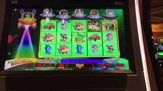 Invaders Return From The Planet Moolah Free Spin Bonus #1 Caesar's Casino Las Vegas 8/17