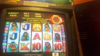 Aristocrat Roll Up Roll Up Circus slot machine bonus round $5 max bet