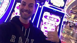 • LIVE N' GAMBLING in Las Vegas  - Cosmopolitan• Slot Machine Fun• BrianGambles.com