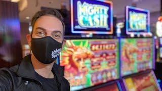 ⋆ Slots ⋆ FRIDAY NIGHT LIVE SLOTS ⋆ Slots ⋆ Agua Caliente Casino