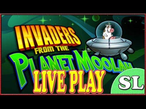 how to win at invaders from the planet moolah