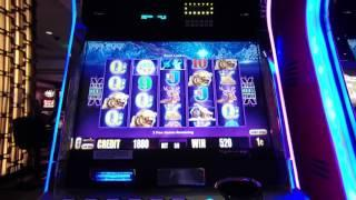 Aristocrat Timber Wolf Deluxe Bonus - Free Spins