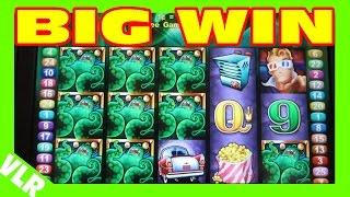 ATTACK OF THE MONSTERS -- BIG WIN -- Freeplay Friday 61 Slot Machine LIVE PLAY & BONUS