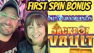 FIRST SPIN BONUS-JACKPOT VAULT-THE VAULT OPENS!