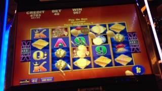 Stacks Of Gold Slot Machine - Line Hit