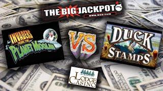 Slot Machine Face Off: Invaders From The Planet Moolah VS. Duck Stamps