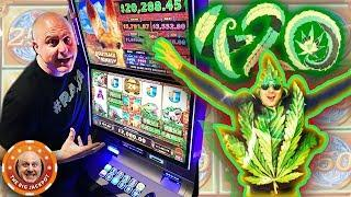 3 FREE GAME BONUS ROUND$! •️2 JACKPOT$! •️ 1 AWESOME 420 VIDEO!   The Big Jackpot