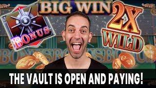 • The Vault is OPEN & PAYING! • Green Vault Slots @ San Manuel Casino