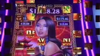 ULTIMATE FIRE LINK ~ HEAVENLY RICHES ~ 8 PETALS ~ Live Slot Play @ San Manuel