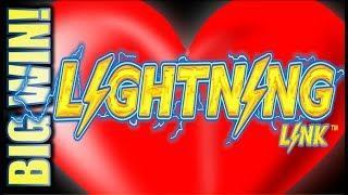 •$300 CASINO FREE PLAY TURNS INTO A HEARTY BIG WIN!• HEART THROB LIGHTNING LINK Slot Machine