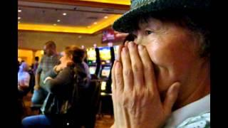 Woman Hit 5 Jackpot 7s on Village People 1st Spin  - 5c