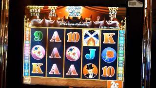 Club Moulin Slot Machine Bonus Win (queenslots)