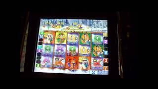 White Water Slot Machine Bonus Win (queenslots)
