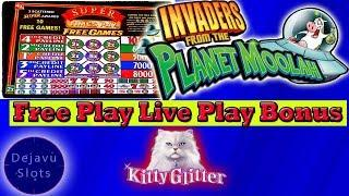 FREE PLAY • LIVE PLAY w/ BONUS @ COSMOPOLITAN • HIGH LIMIT SLOT •