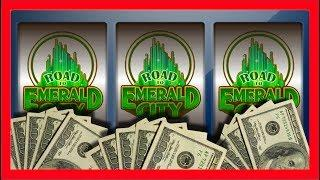 A VISIT FROM EVERYONE! Road To Emerald City Slot Machine JUST BONUSES! Wizard of Oz Slots With SDGuy