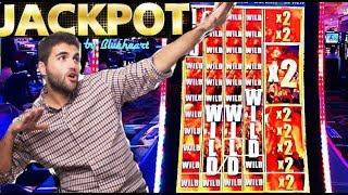 • JACKPOT •  **FULL SCREEN WILDS** THE WALKING DEAD 2 slot machine HANDPAY and more WINS!